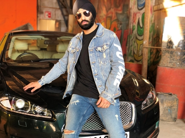 Damn Damn! Punjabi Singer Subaig Singh Collaborates With Bollywood's Harry Anand