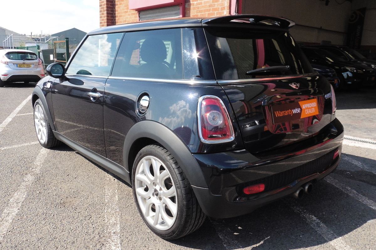 MINI Cooper-S 1.6 Turbo 3dr - Great Service History - Only 3 Owners!