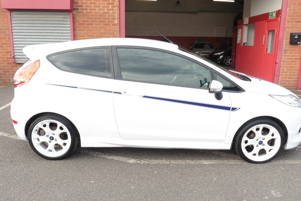 Ford Fiesta 1.6 S1600 3dr - Full Service History - Full Leather Interior - 3 Owners