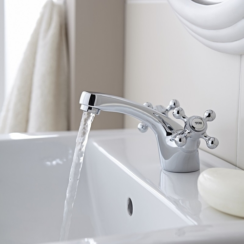 Conquest Mono Basin Mixer