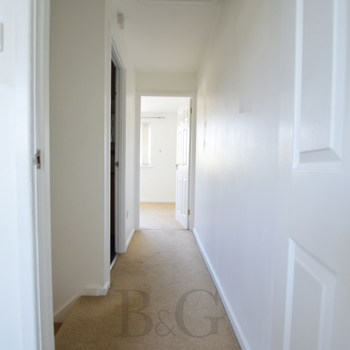 Renting in Cardiff - 2 Bedroom Unfurnished House With Garden & Driveway