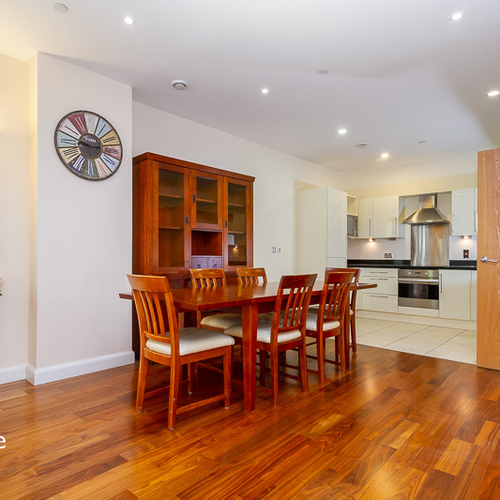 DAVID MORGAN APARTMENTS ONE BEDROOM FULLY FURNISHED APARTMENT
