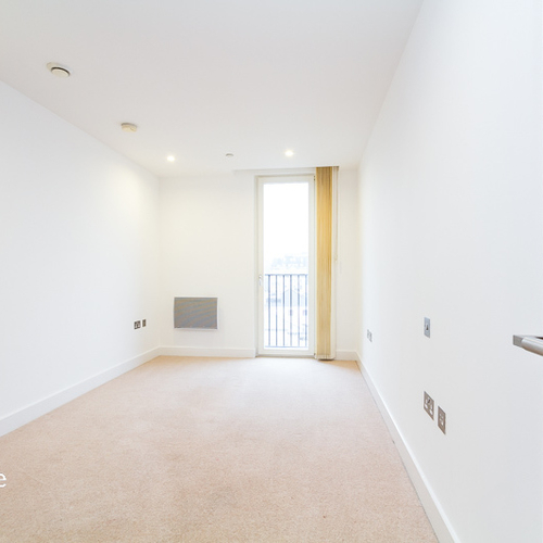 HAYES APARTMENTS CARDIFF CITY CENTRE UNFURNISHED TWO BEDROOM APARTMENT
