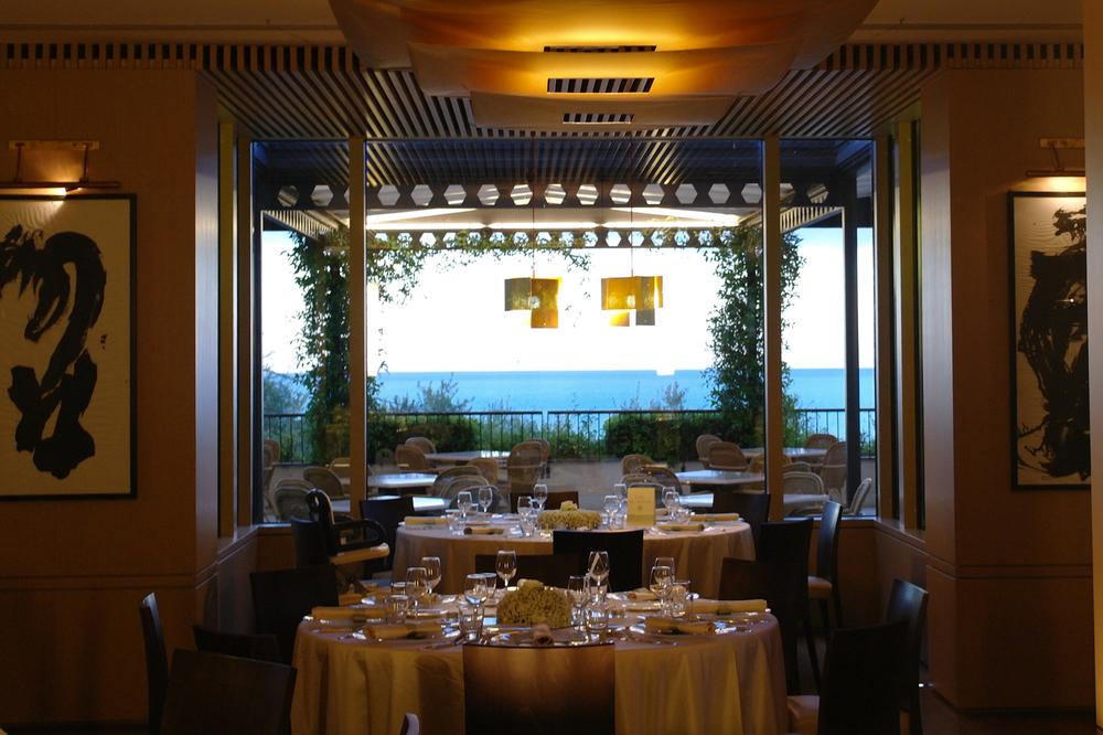 Stylish Italian Spa & Beach Club