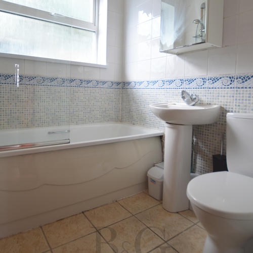 Renting in Cardiff - 2 Bedroom Furnished house in popular area and within proximity of Cardiff City Centre