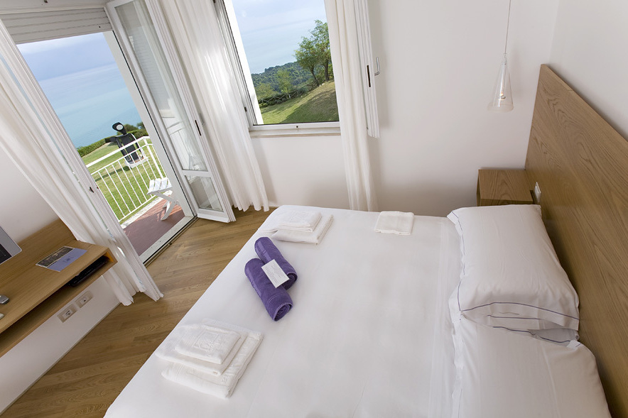 Boutique Hotel with Fabulous Sea Views