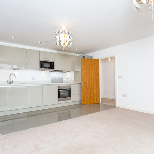 PROSPECT PLACE CARDIFF BAY UNFURNISHED TWO BEDROOM APARTMENT