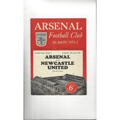 1951/52 Arsenal v Newcastle United Football Programme