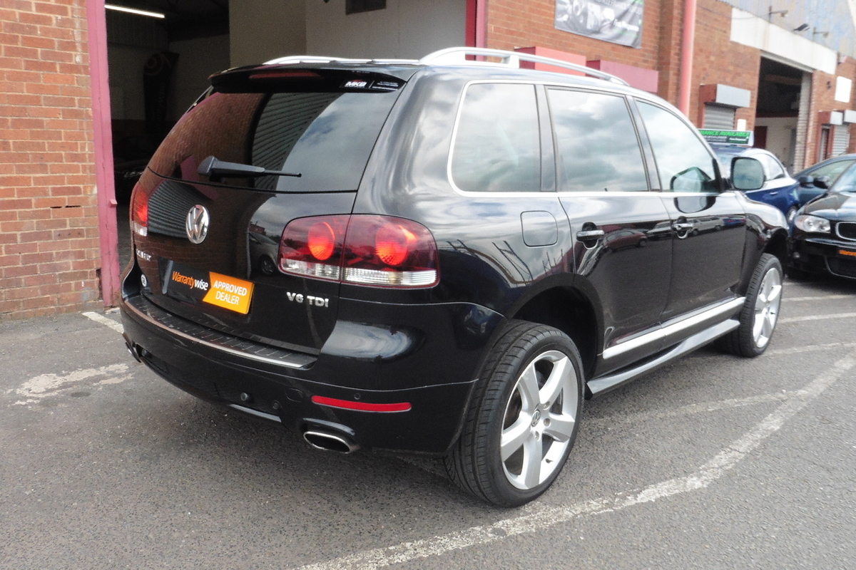 Volkswagen Touareg 3.0 TDI V6 Altitude 5dr - Sat Nav - Full Leather Interior