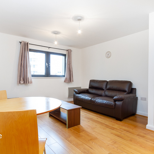 LANDMARK PLACE CARDIFF CITY CENTRE ONE BEDROOM APARTMENT