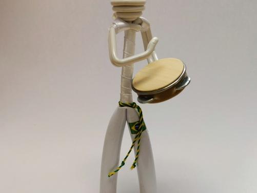 Pandeiro Figurine - White