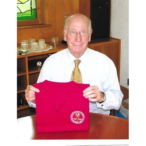 Bobby Charlton signed 40th Anniversary 1966 Shirt