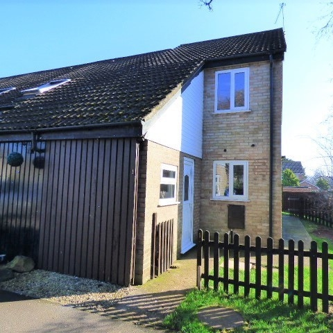 1 Darters Close, Lydney, Gloucestershire, GL15 5EY