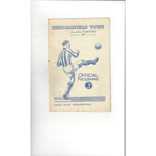 1950/51 Huddersfield Town v Manchester United Football Programme