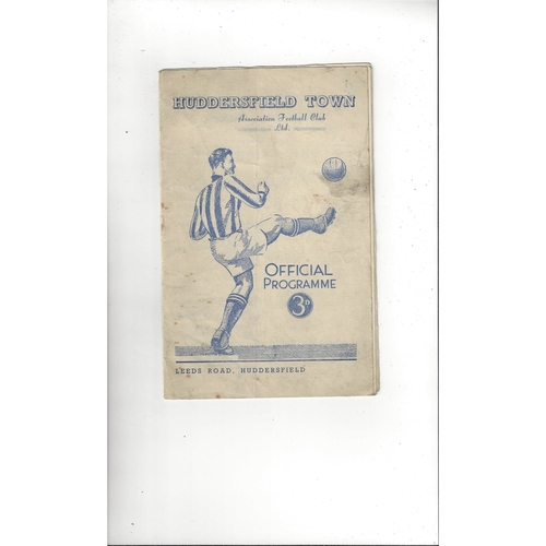 1951/52 Huddersfield Town v Blackpool Football Programme