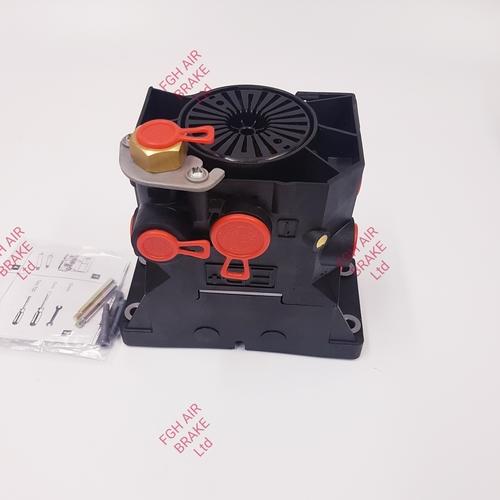 950800306 Modulator relay valve (EBS MRV)