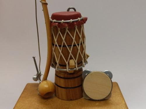 Figurine - (Pandeiro, Berimbau, Atabaque)