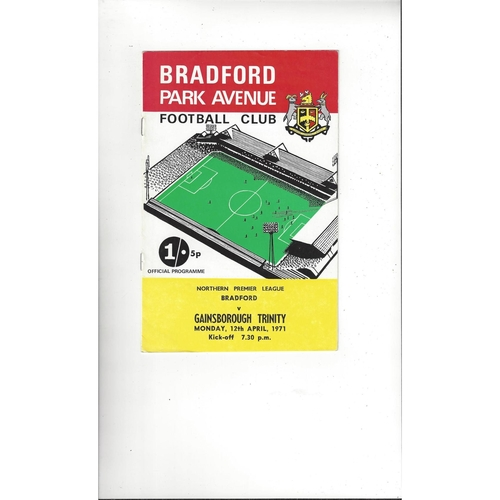 1970/71 Bradford Park Avenue v Gainsborough Trinity Football Programme