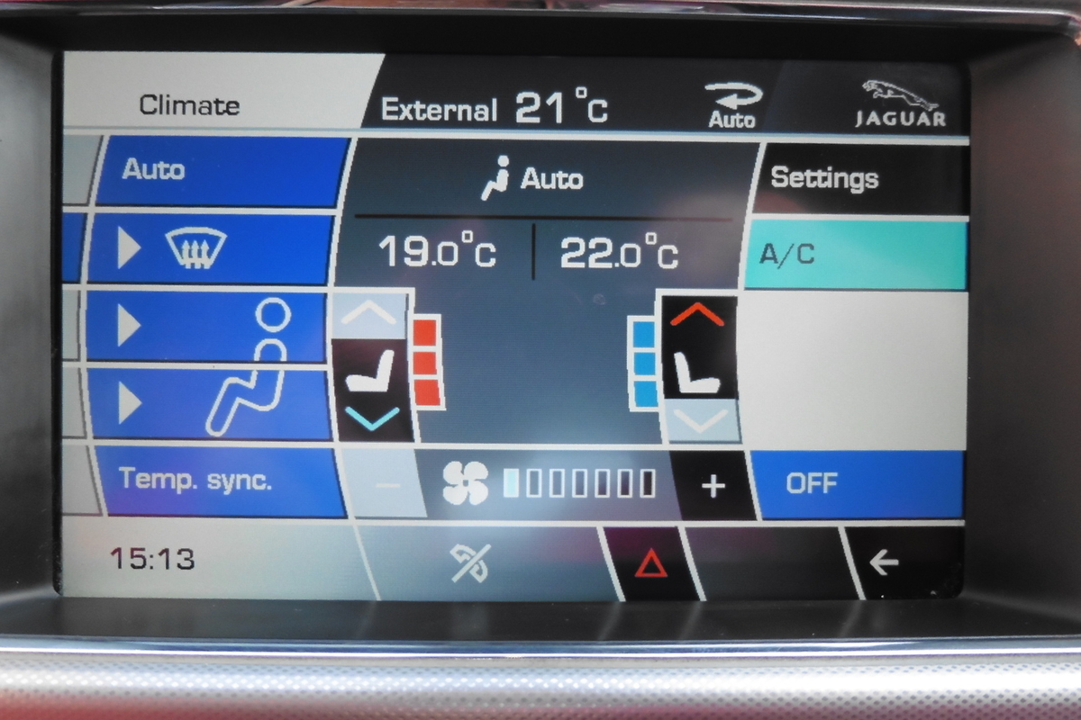 Jaguar XF 3.0 TD V6 S Premium Luxury 4dr - Sat Nav - Full Leather Interior!