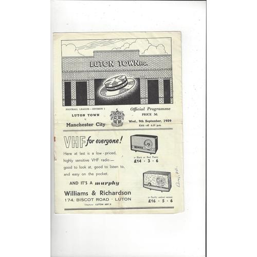 1959/60 Luton Town v Manchester City Football Programme
