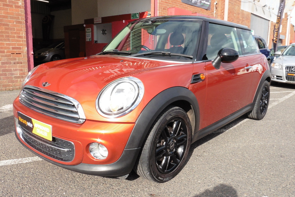 MINI Cooper D 1.6 London 12 3dr - £0 Tax! Full Service History!