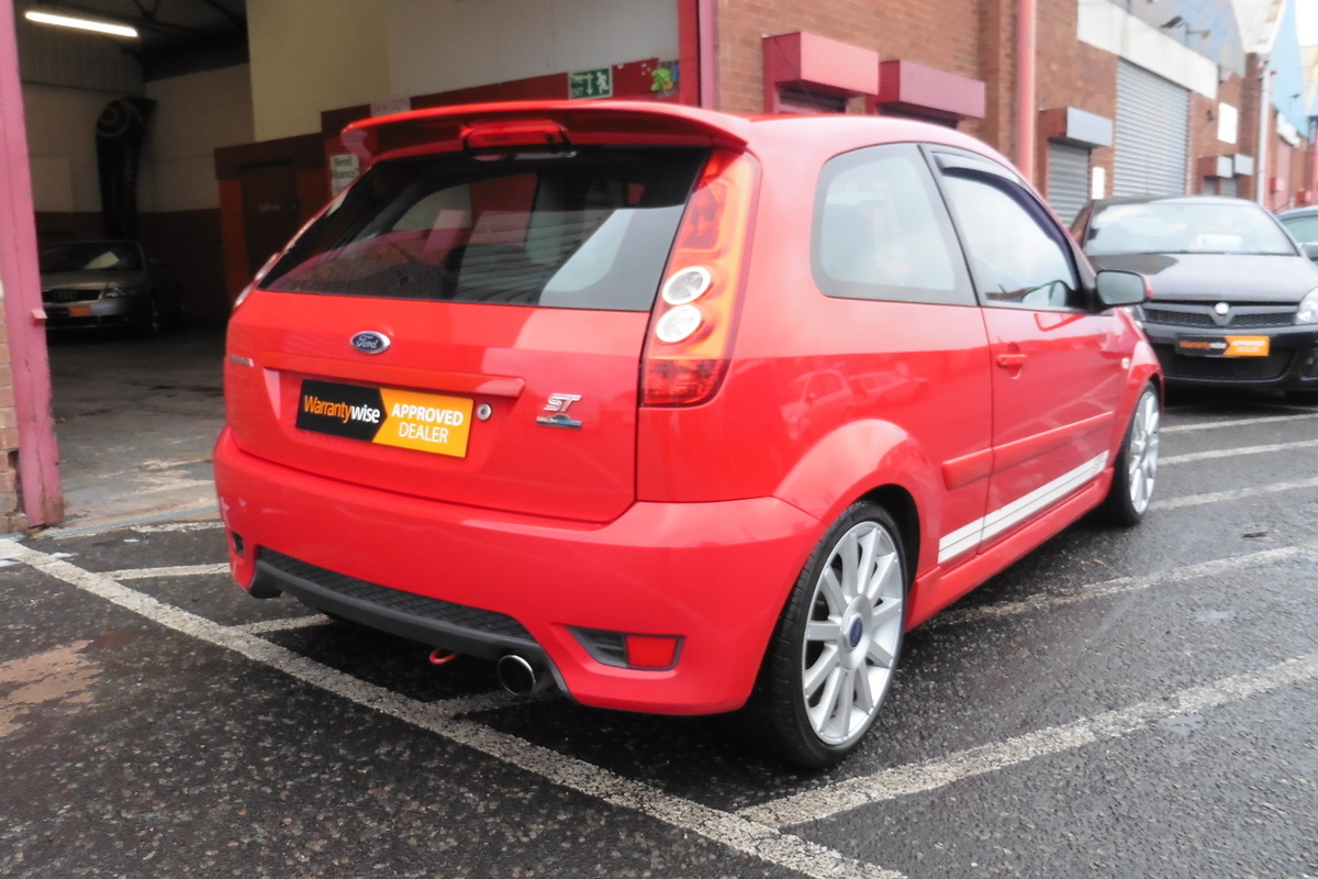 Ford Fiesta 2.0 ST 3dr - Dreamscience Remap! Full Heated Leather Interior!