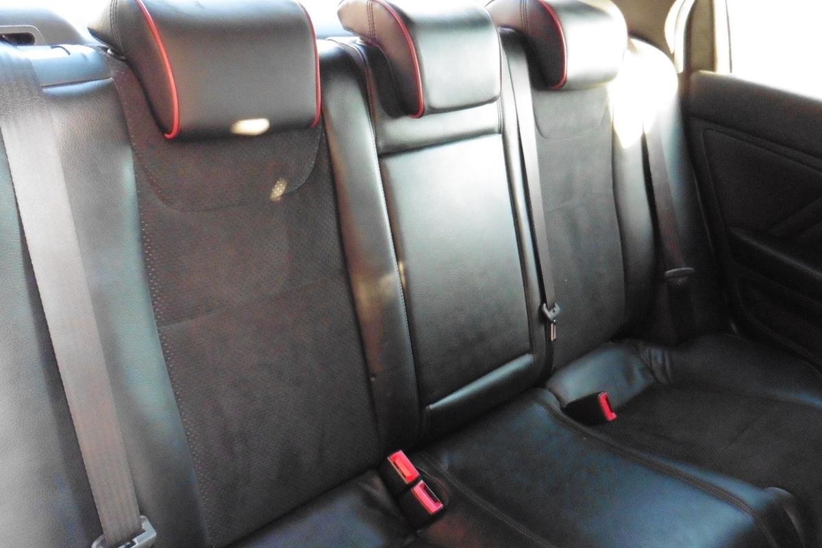 Alfa Romeo 159 2.0 JTDM 16v Lusso 4dr - Half Leather / Half Suede Interior!