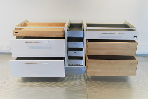 The SL-Series slide - fully interchangeable between wooden and metal drawers