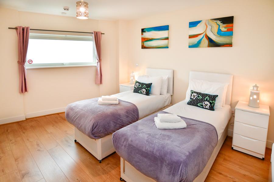 Meridian Quay - Duplex Penthouse, 5 Star, 3 Bedrooms