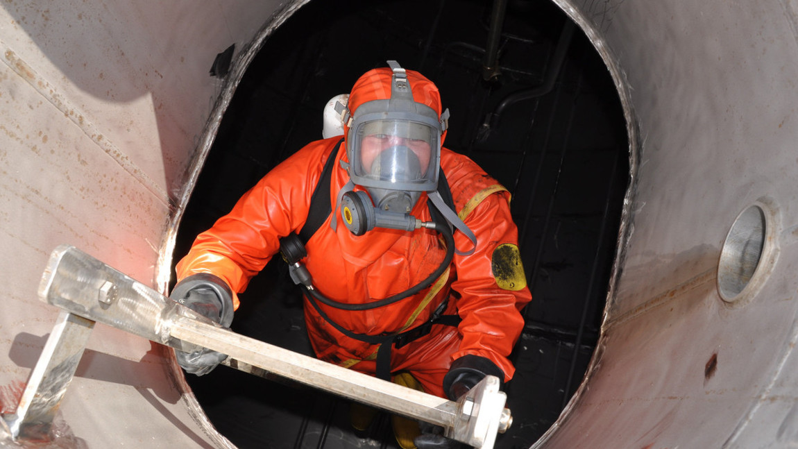 Tank & Vessel Cleaning