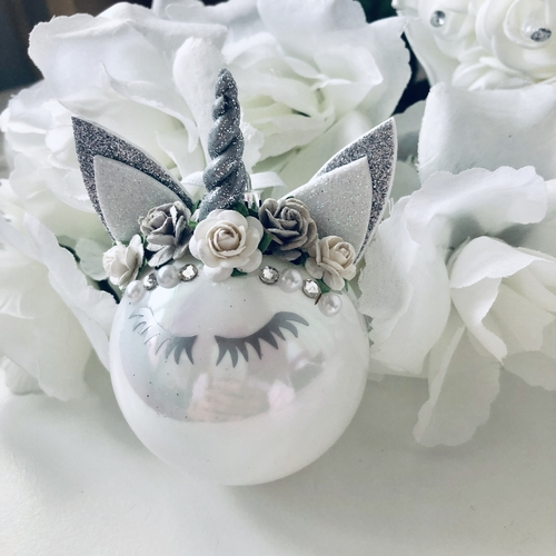 Unicorn Bauble White & Silver