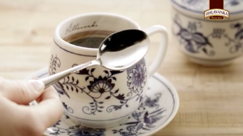 "JIHLAVANKA – Honest coffee in honest Czech ""onion"" porcelain"
