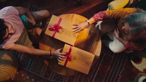 Tata CliQ – 10/10 Season of Gifting
