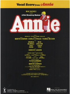 Charles Strouse: Annie (Vocal Score) Books | Voice, Piano Accompaniment