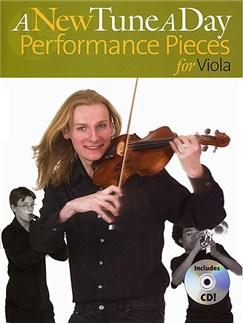 A New Tune A Day: Performance Pieces (Viola) CD et Livre | Viola (Symboles d'Accords)