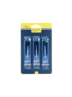 Vandoren Traditional Reeds For B Flat Clarinet: Strength 1.5 (3 Pack)  | Clarinet