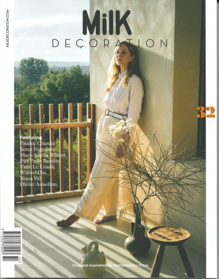 Milk Decoration English magazine
