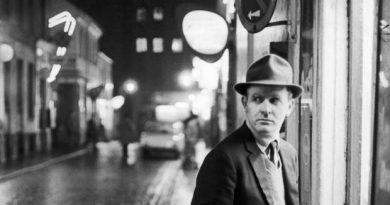 John Le Carre, Londres, 1964. Foto de Ralph Cranethe