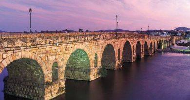 Puente Romano sobre el río Guadiana. Mérida, Badajoz