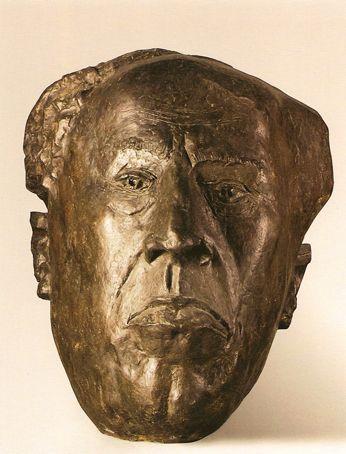 """Interpretación al retrato de Antonio Machado (1966), exposición """"Las Huellas del Caminante"""" (de la colección del Museo Pablo Serrano)"""