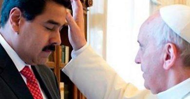 El eco de las grandes noticias produce monstruos en el inconsciente colectivo: De comunistas y cristianos según el Papa Francisco