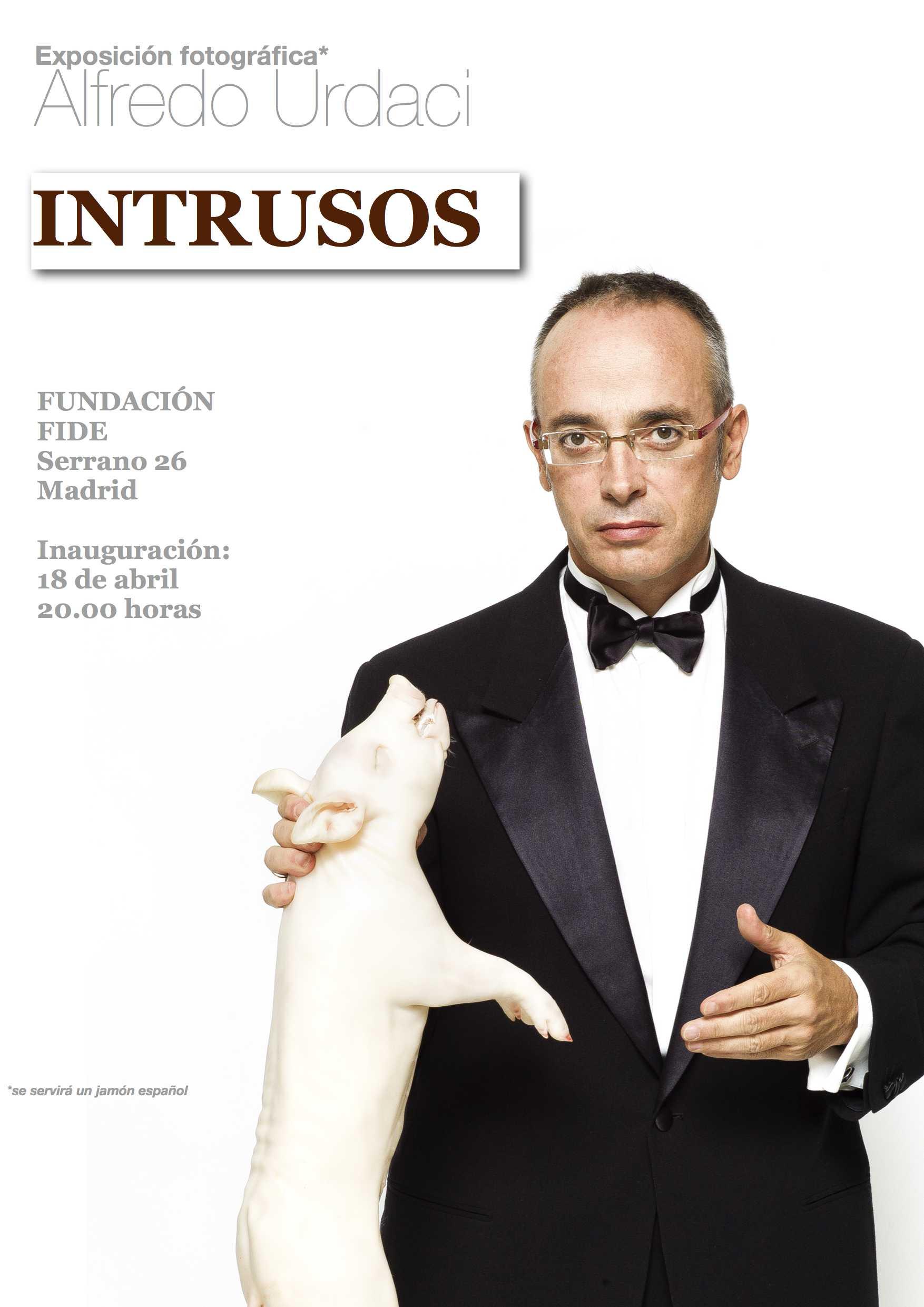 Exposición fotográfica de Alfredo Urdaci. Invitación