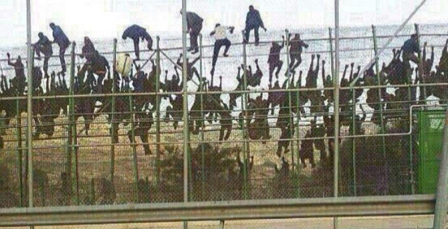 imagen asalto frontera de Melilla