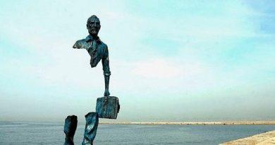 Homenaje al emigrante