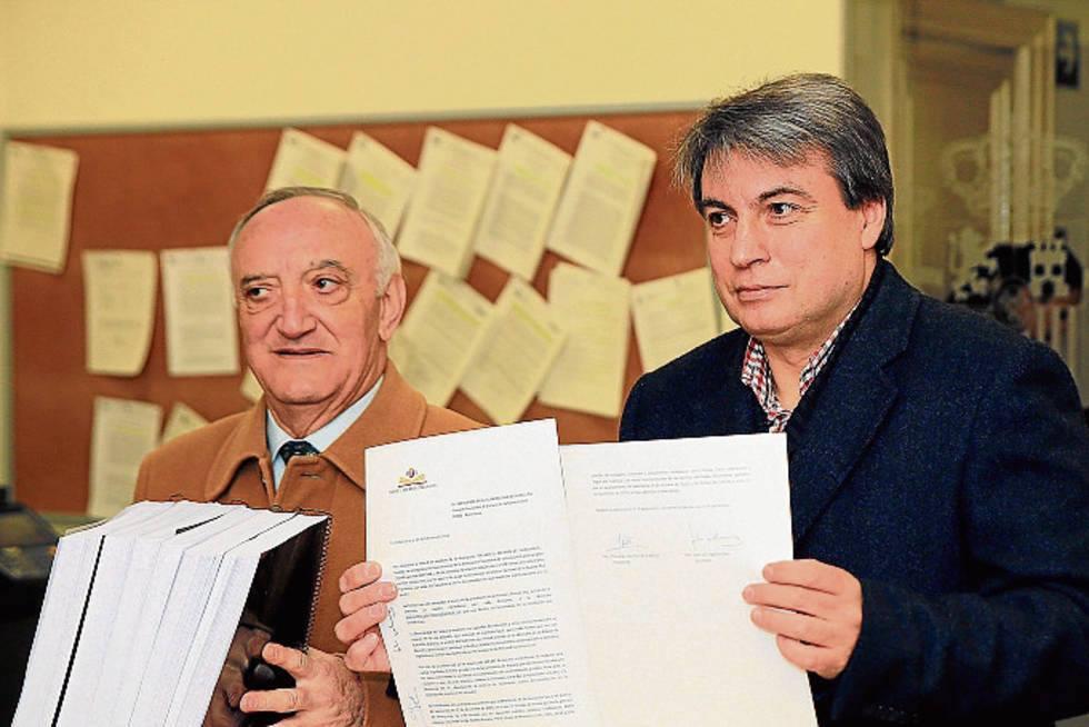 Policarpo Sánchez envía 24.000 firmas que exigen la devolución del Archivo