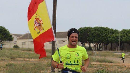 Agreden a un corredor de la Maratón de Pamplona por portar la bandera de España