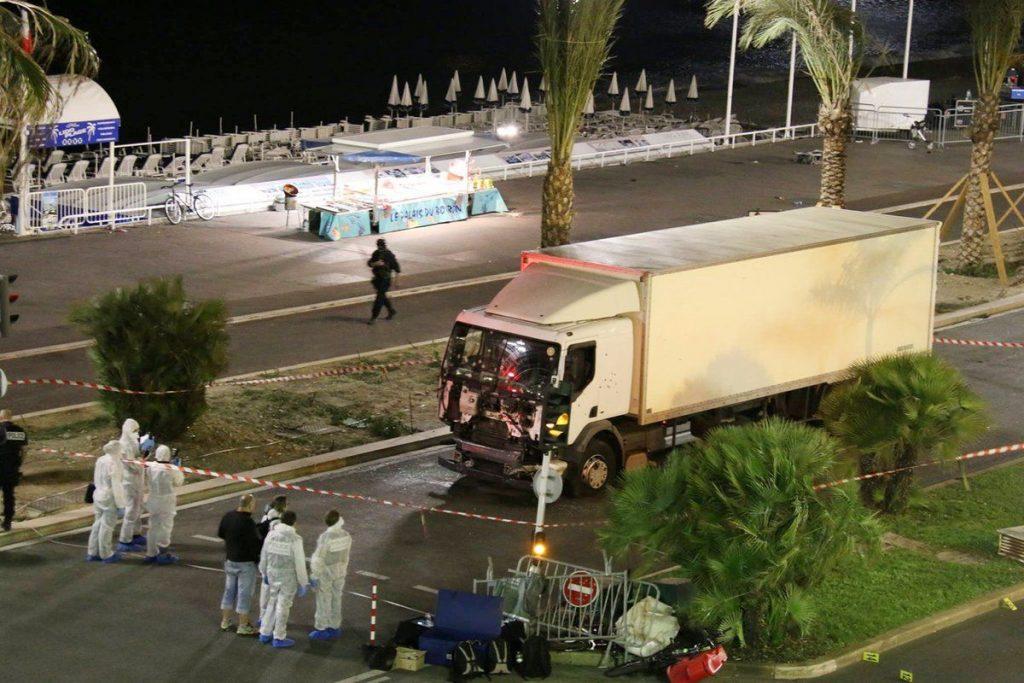 La policía identifica al terrorista de Niza por sus huellas, pero no da nombres