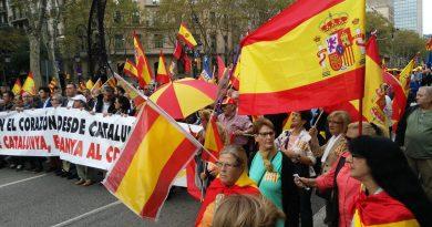 Banderas españolas en Barce.lona