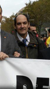 miguel-bosch-en-la-manifestacion-del-12-de-octubre-en-barcelona