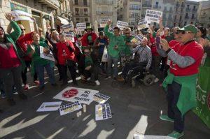 La familia de la anciana muerta carga contra los servicios sociales de Reus
